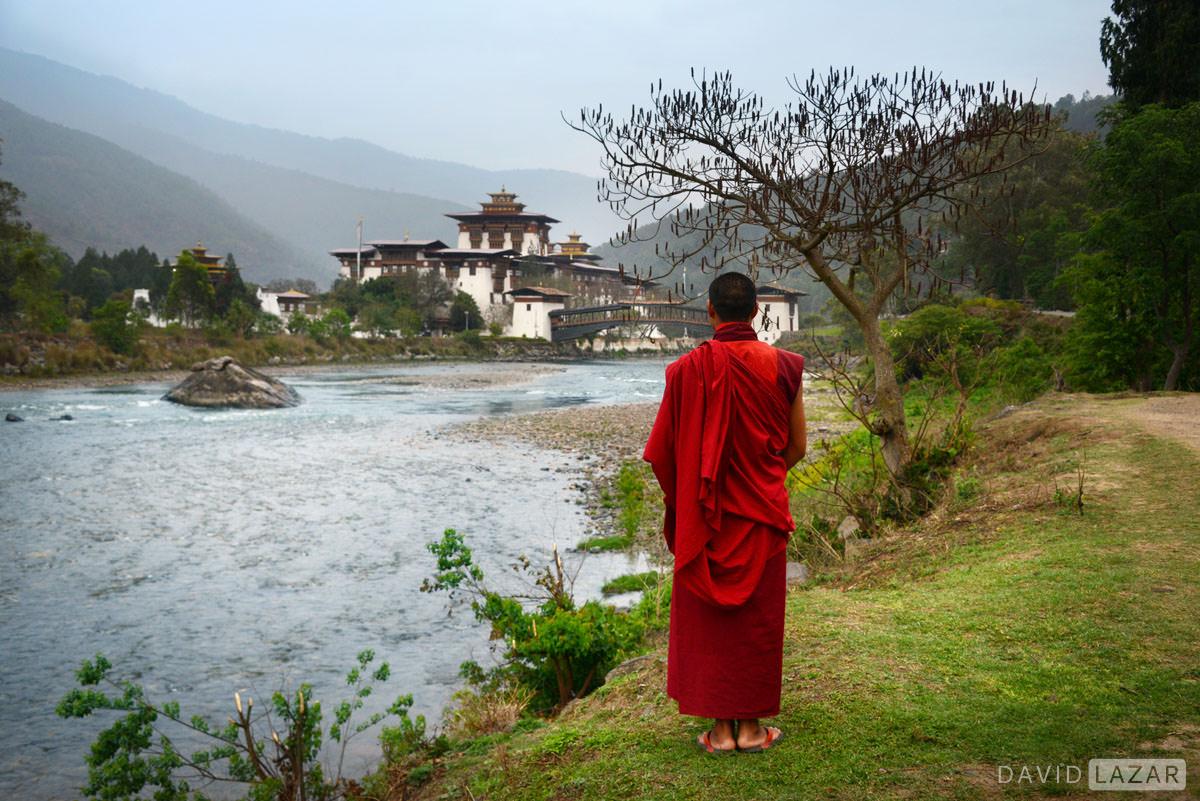 Bhutan भूटान से हमें ये बातें जरूर सीखनी चाहिए